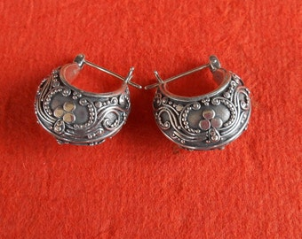 Balinese Sterling Silver Hoop Earrings / silver 925 / Bali Handmade jewelry / 0.75 inch