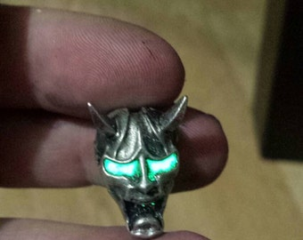 Hannya paracord bead with glow in the dark eyes