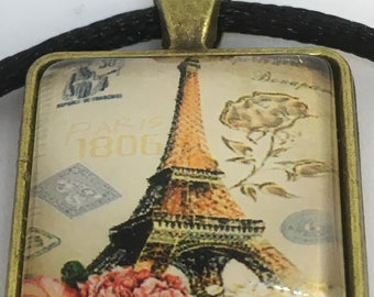 Antique Gold Colour Glass Tile Eiffel Tower and Paris Metro Square Pendant Necklace- approx 22mm Square-Gifts For Her-Ladies Jewellery