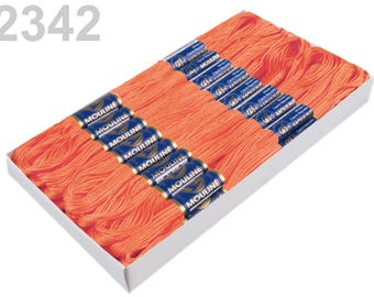 24 Docking Embroidery/stick Twist #2342 Tangerine
