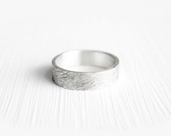 Ripples Ring - Wedding Band - Promise Ring