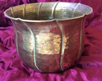 Brass Tone Planter Vintage Retro Flower pot