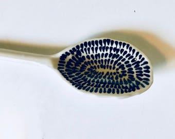 Seeds serving spoon