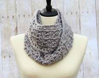 Grey Infinity Scarf, Chunky Infinity Scarf, Grey Loop Scarf, Grey Scarf, Grey Chunky Scarf, Grey Crochet Scarf, Grey Winter Scarf,THE ALBANY