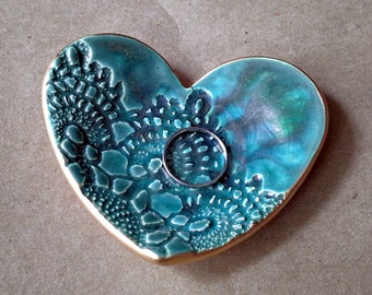 Ceramic Heart Ring Holder Ring Dish malachite green edged in gold