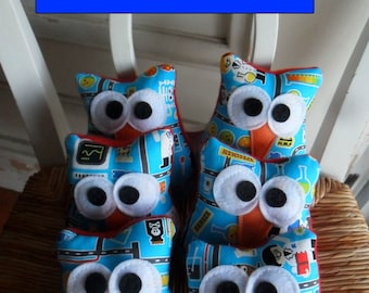 Sale 3 Plush Scientist Owls  Three 4x3 inch Science  Owls Owl Party Favors Science Party