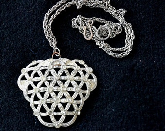 Vintage Pendant,Great CHRISTMAS Gift, Silvertone Openwork forming star shapes with Rhinestones,
