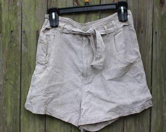 90's Ecru Linen Shorts   Minimalist   Tie Belt   High Waist - S
