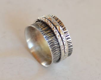 Spinner Band. Meditation Ring.  Hand Stamped Oxidized Silver Spinner with Gold Band. Wedding Band. Silversmith. Size: 7.75