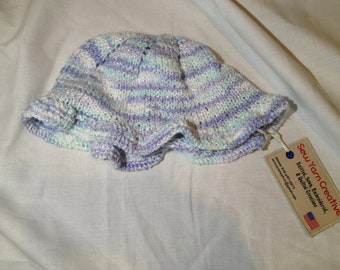 Hand Knit Ruffle Baby Hat / Infant to 12 months