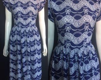 1940s rayon novelty print dress