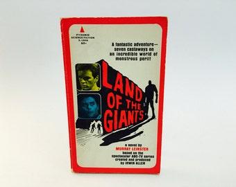 Vintage Sci Fi Book Land of the Giants 1968 Film Novelization First Paperback Edition