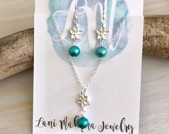 Plumeria Jewelry Gift Set - Hawaiian Flower Jewelry - Pearl Flower Necklace - Sterling Silver Pearl Jewelry - Freshwater Pearl Jewelry Set