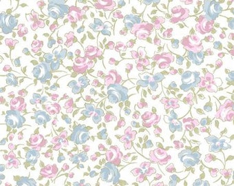 Madeline-White Toss- Clothworks -Cotton Fabric- Quilt -Apparel-WindyRobinCotton-Ships week of 3/19/2018- *Sold by half yard.