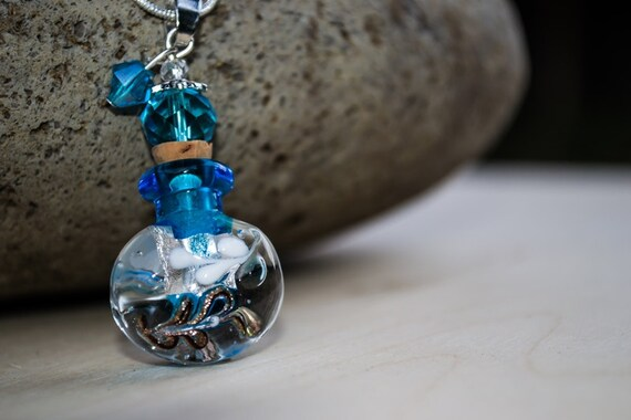 Essential Oil Necklace, Aromatherapy Necklace, Essential Oil Bottle, Murano Glass Bottle Necklace, Perfume Necklace, Essential Oil Jewelry