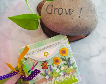 Garden Mini Album, Gardening Mini Album, Gardening Journal, 4x4 Chipboard Album, Mini Scrapbook Album, Mothers Mini Album, Housewarming