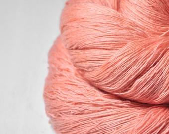 Old plastic flamingo OOAK  -  Merino / Cashmere Fine Lace Yarn - Hand Dyed Yarn - handgefärbte Wolle - DyeForYarn