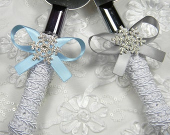 Snowflake Wedding Cake Servers and Knives, Winter Wedding Cake Knife Set, Rhinestone Wedding Cake Serving Set, Cake Knife and Server Sets