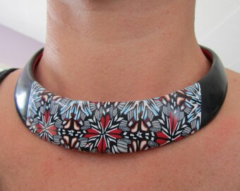 Kaleidoscope pattern bib necklace