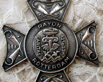 Rayon Rotterdam Medallion