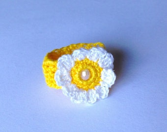 Yellow crochet Daisy ring