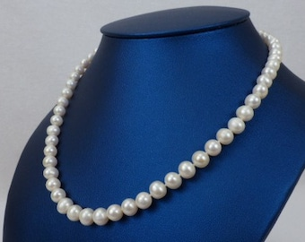 Freshwater Pearl Necklace - Classic Pearl Necklace - White Cultured Pearl Jewelry - Hand Knotted Pearl Necklace