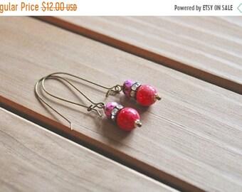 30% OFF SALE Honeysuckle pink, rhinestone, and speckled pink bead drop earrings, kidney wire earrings
