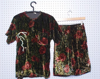 Vintage 90s KARL KANI Velour Short Sleeve Set Size LARGE Roses Allover Print