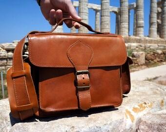 Tan Leather DSLR Camera Bag with Padding • Greek Messenger Bag with Insert Divider • Shoulder Bag • Satchel