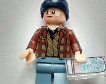 Jessie Breaking Bad 2 figurine made from LEGO pieces