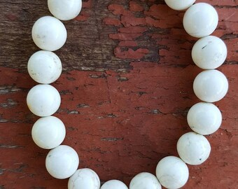 "8"" 10mm Shiny Creamy White Magnesite Gemstone Stretch Bracelet, 8"" Stretch White Magnesite Bracelet, Stretch White Bracelet, White Bracelet"