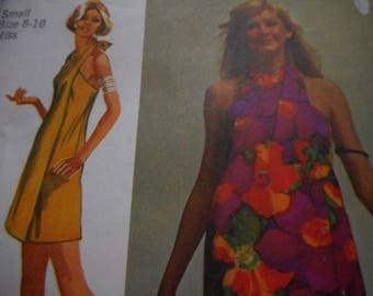 Vintage 1970's Simplicity 9415 Cover-up Dress Sewing Pattern, Size Small, 8-10, Bust 31 1/2-32 1/2