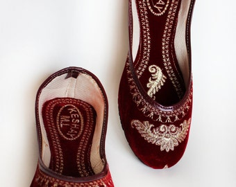 US SIZE 8 / Women Ballet Flats / Maroon embroidered Women shoes / Designer  Shoes / Velvet Shoes / Royal Styled Jooties