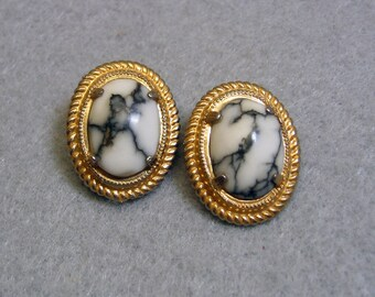 Black and White Marble Clip Earrings, Vintage