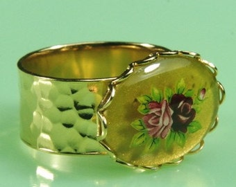 Adjustable Size Gold Ring with Vintage 1940s Japanese Floral Piece