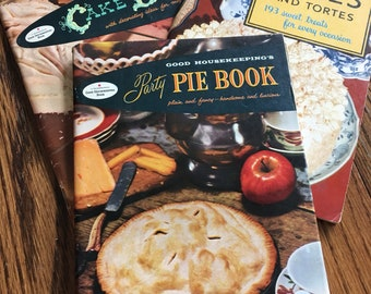 Cake Book 1950s Good Housekeeping Cakes And Tortes and Party Pie Book