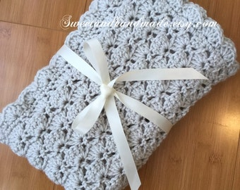 Crochet baby blanket- baby blanket- baby girl or boy blanket- receiving blanket- stroller blanket-stroller-gray travel gender neutral