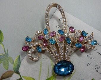 Vintage Signed Joseph Wiesner N.Y. Flower Basket Pastel  Rhinestone Brooch    PAN51