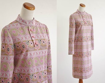 Vintage Mod Shift Dress, 60s Dress, Pink and Beige Print Dress, 1960s Knit Dress, Long Sleeve Dress, Stand Up Collar,  Medium Bust 36