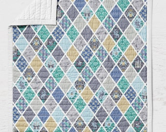 Dragon Quilt - Castles Crib Quilt - Kingdom Toddler Bedding - Medieval Throw Blanket- Prince Nursery- Wholecloth Lap Quilt Gender Neutral
