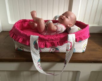 Doll's carrycot