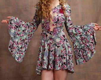 DITRAU  Dress  Silk  Size Small Medium