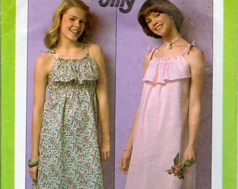 vintage Simplicity 8516 sewing pattern // Misses' Jiffy Pullover Sundress