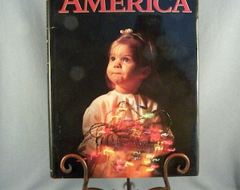 Coffee Table Book // Christmas In America // 208 Pages // Color Pictures // Book Size 14 x 10 // Lovely Photographs // From All Over USA