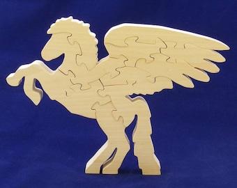 Pegasus decorative object: Linden wood