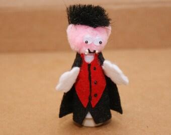 Vampire Finger Puppet