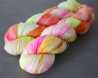 "Otter - ""Pink Lemonade"" - 75/25 Sock Yarn"