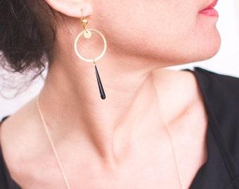 DESTASH circle brass and black drop earrings