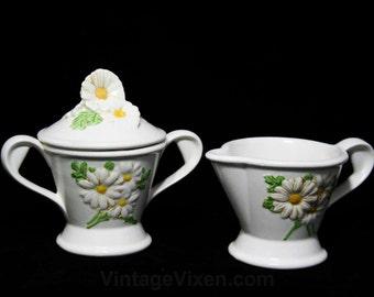 Metlox Sculptured Daisy Flowers Creamer & Sugar with Lid - Poppytrail - 1960s Daisies Tea Party - Poppy Trail - 42035J