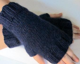 Gants, mitaines, mitaines / / tricotés à la main avec Baby Alpaga / / taille de l'enfant en bas âge à l'âge adulte / / est livré dans une autre couleur